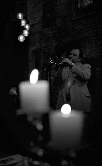 Jazz by candlelight