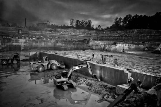 Limestone quarrying 01
