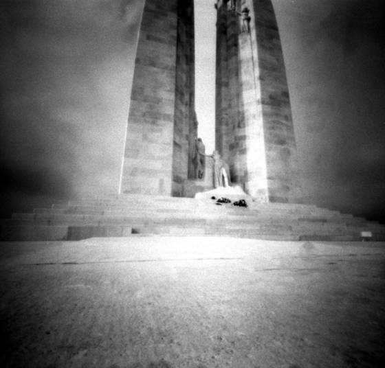 Ww 1 war memorial  4 vimy ridge