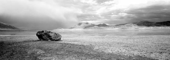 Desert lake 02