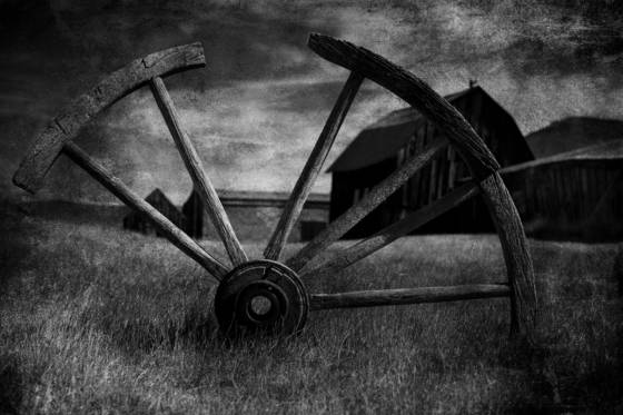 Broken wagon wheel