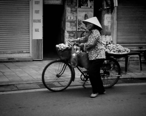 Street of hanoi 10