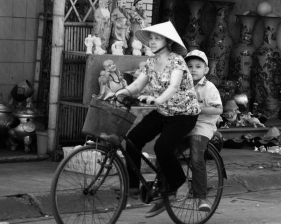 Street of hanoi 8