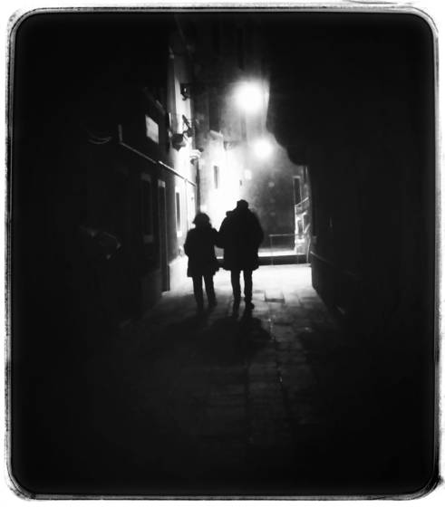 Couple walking at night no3