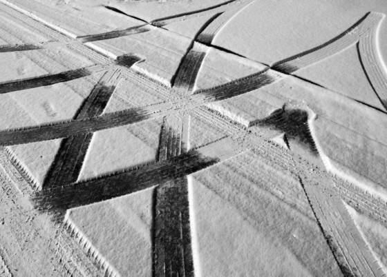 02 snow tracks i
