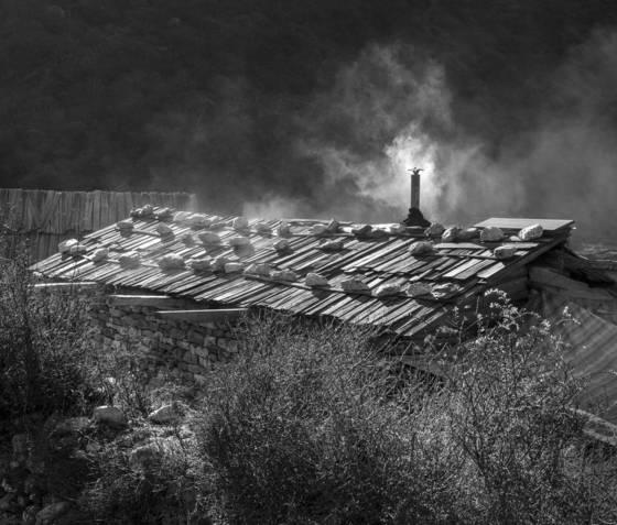 Roof smoke