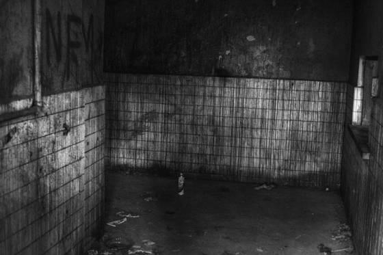 Imprison myself 008