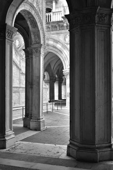 Archways 1 doges palace