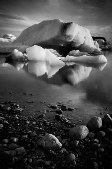 Black iceland 2