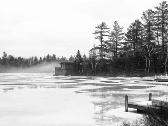 No swimmin  in lake placid