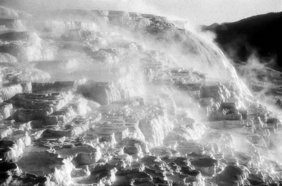Mammoth geyser