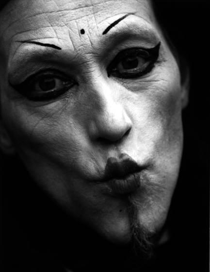 Devilish kiss
