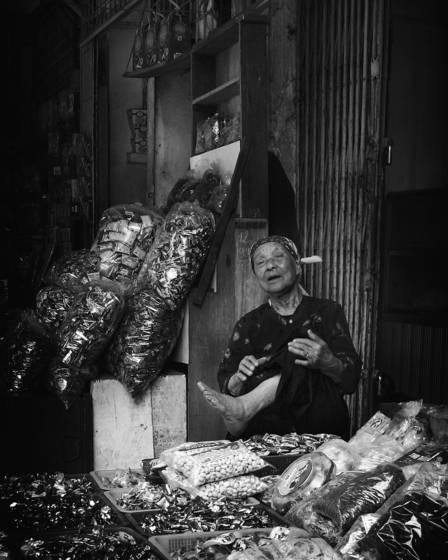 Vietnam street vendors 7