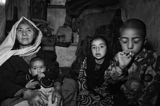 Familys moking opium