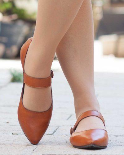 נעלי עור כאמל