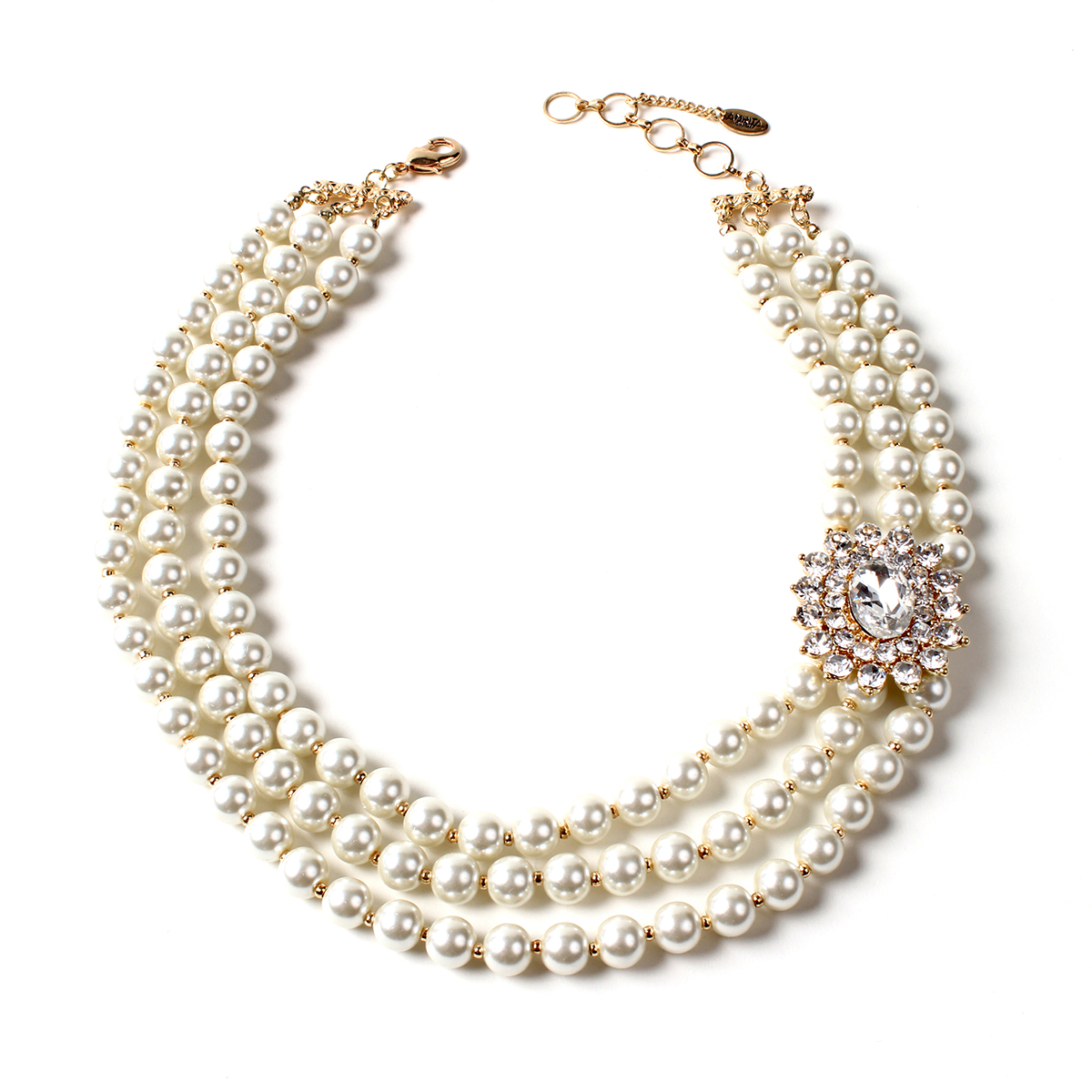 Pearl Necklace- The Elegance of Style
