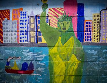 Statue of Liberty mural at Bank Street