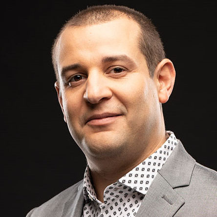 Dr. Nelson Flores