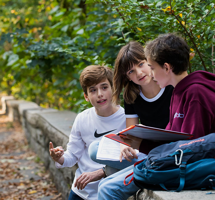 Upper School students studying in Riverside Park