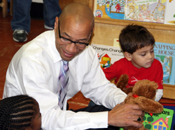 Chancellor Dennis Walcott at Bank Street Head Start