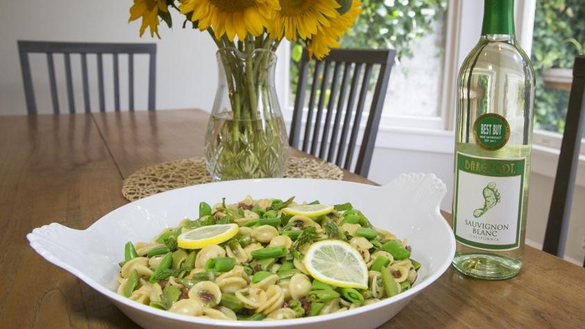 Photo of One-Pot Pasta with Pancetta & Peas