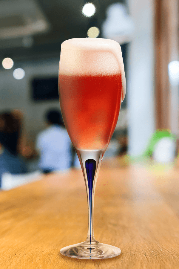 Prosecco Pom Pom | Barefoot Wine & Bubbly