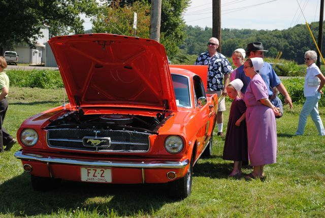Classic cars cruise-in for a cause | The Bargain Hunter