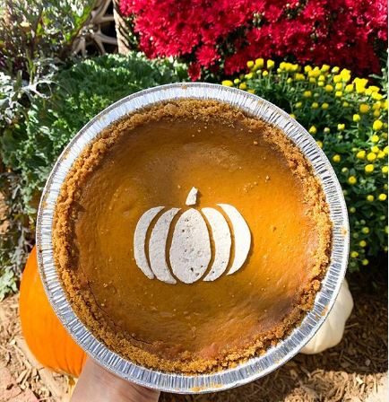 Where To Get Your Thanksgiving Desserts Pies à la Mode, Cakes, Breads and  More!