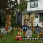 Are You a Scary or Sweet Halloween House?