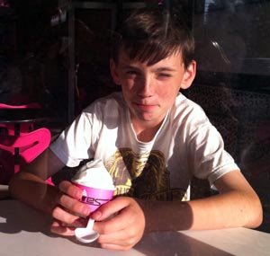 boy eating ice cream | Baristanet