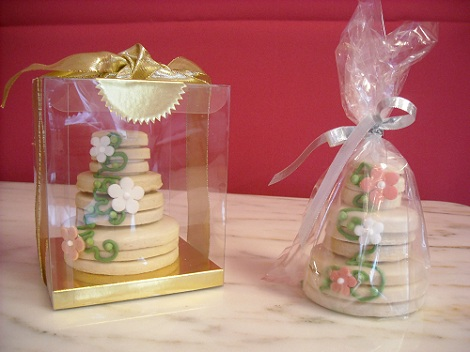 wedding cake cookie favors montclair and bake mrs b s beautiful 8598