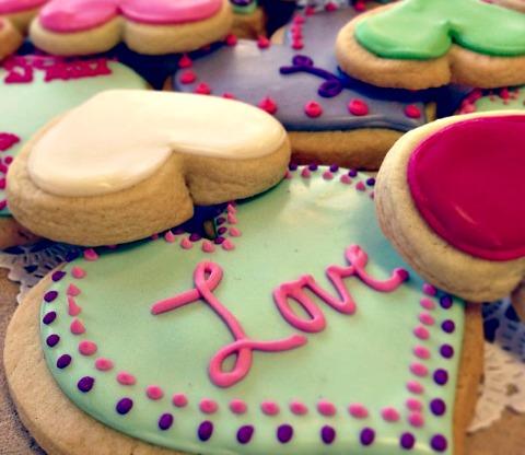 le baker's dozen valentine's day cookies