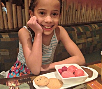 dining at disney with food allergies