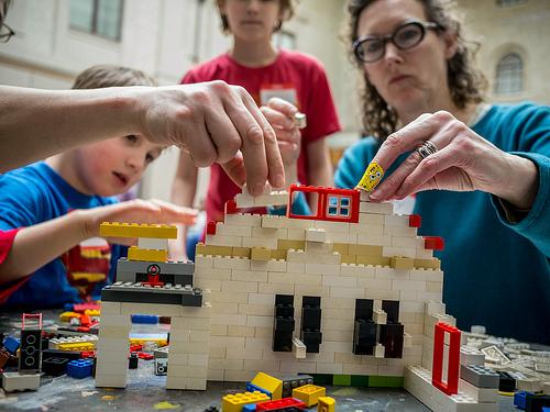 Build Montclair in LEGO