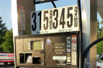 Gas price at Clifton Costo last week. Prices stay low according to Gas Buddy.com. Photo: Michael Reitman