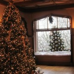 Historic Houses Decked Out for the Holidays
