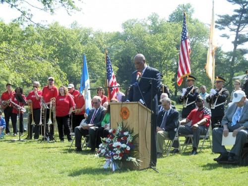 Montclair Mayor Robert Jackson speaks at the 2015 Montclair Memorial Day ceremony.