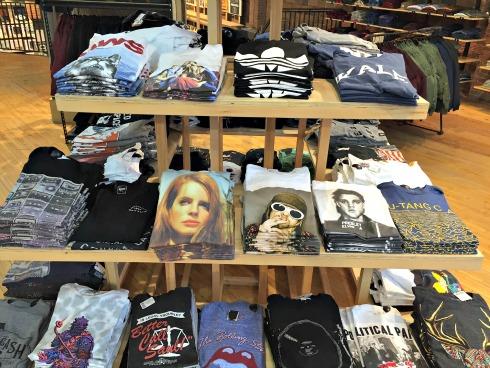 T-shirtsUrbanOutfitters