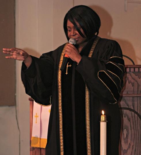 Pastor Paula Olivier