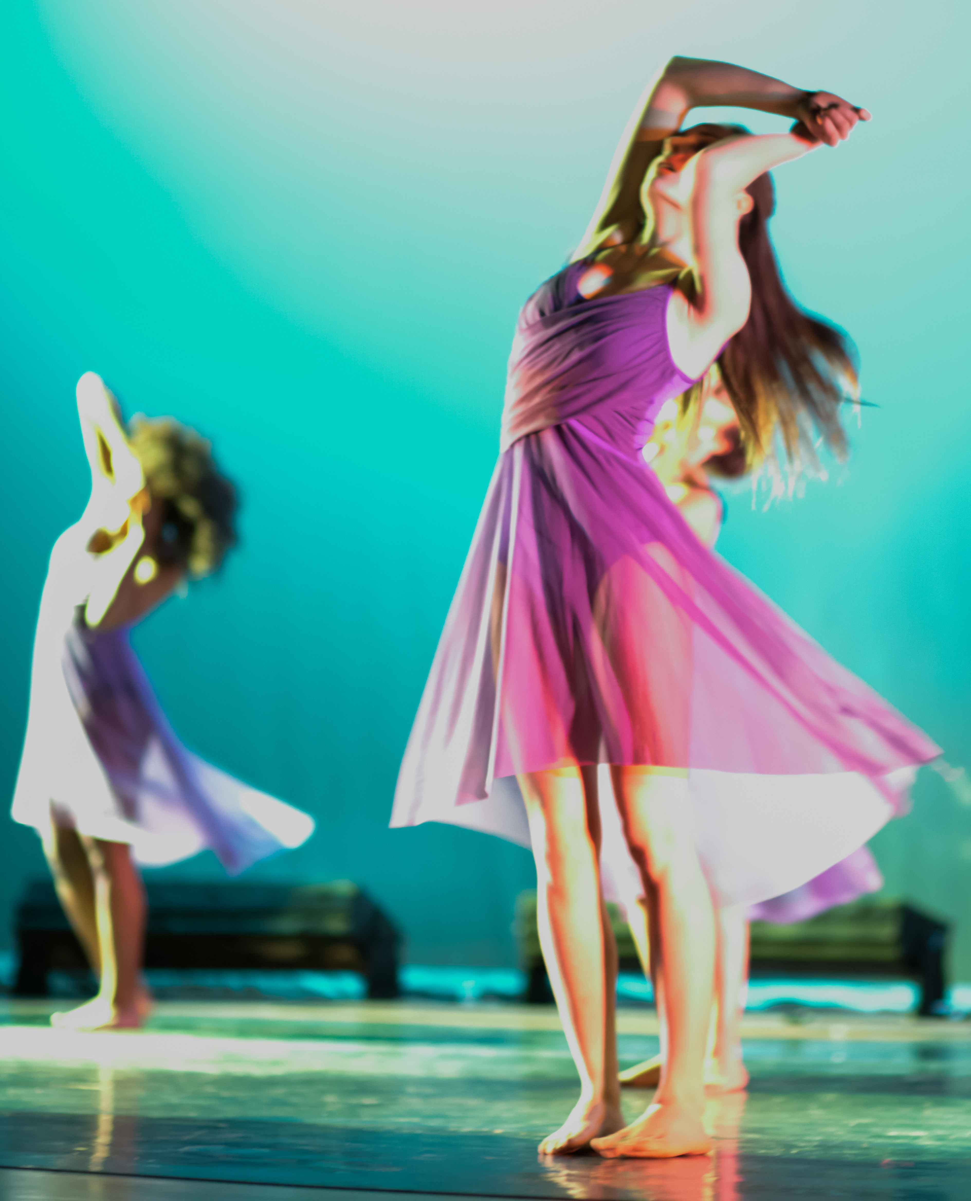High school dance company presents its 2016 spring dance concert march