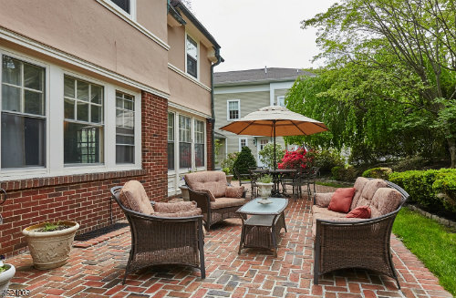626 Prosect Porch