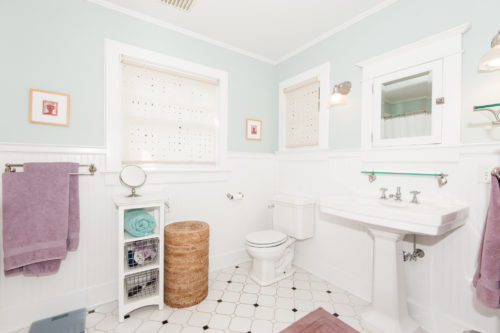 Bathroom BM Woodlawn blue with  white dove trim