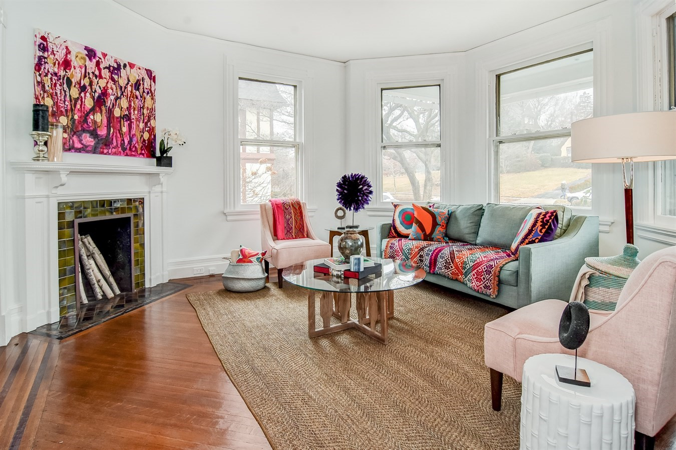 Have You Ever Been To An Open House And Found Yourself Recognizing  Furnishings Or Accessories From Another Open House? It Happens More Than  You Think, ...
