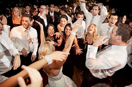 wedding-djs-dancing-450x298