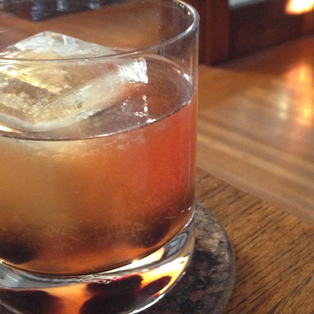 Barnotes Bourbon Cherry Sour Malcolm Gin