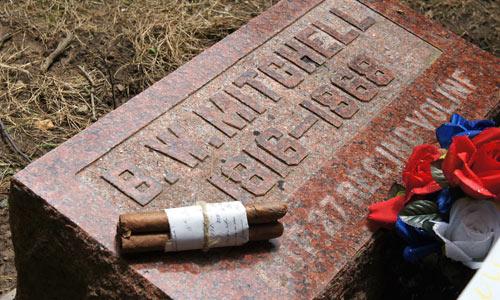 Barton-mitchell-gravestone