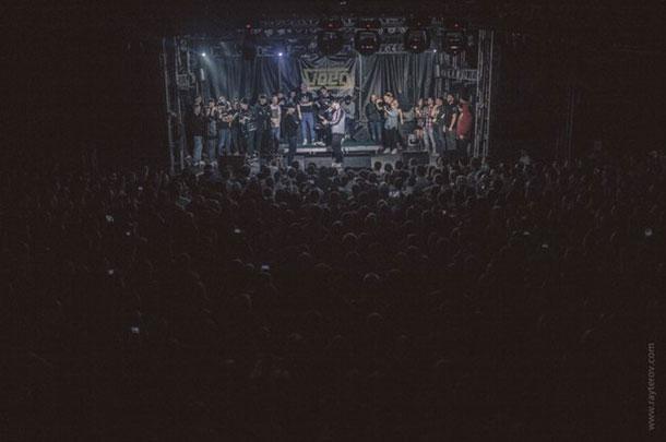 VersusBattlesRU-crowd610