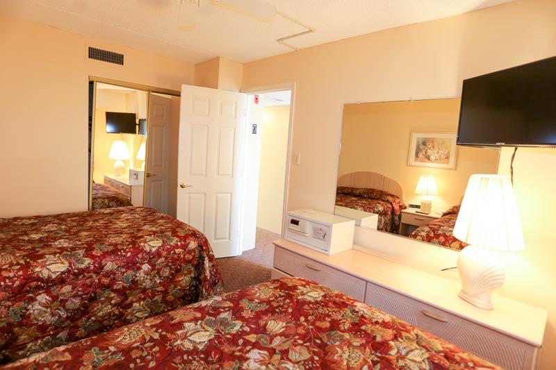SeaTime 1bd condo bedroom