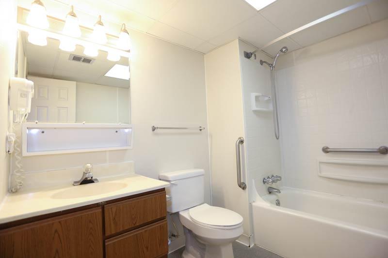 SeaTime 3bd condo bathroom