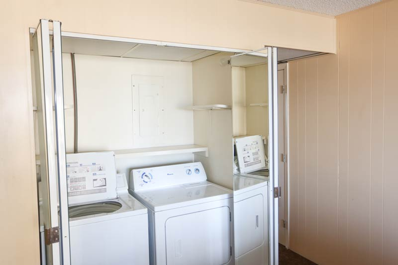 SeaTime 3bd condo washer and dryer